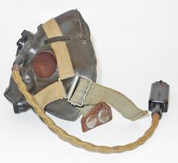 RAF H mask dated 3/4529