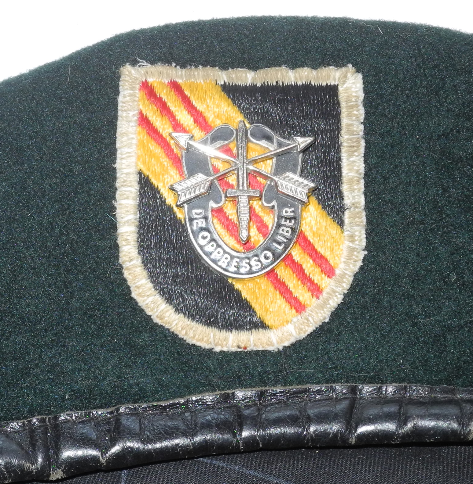 RARE US Special Forces Green Beret named to a sniper in Vietnam