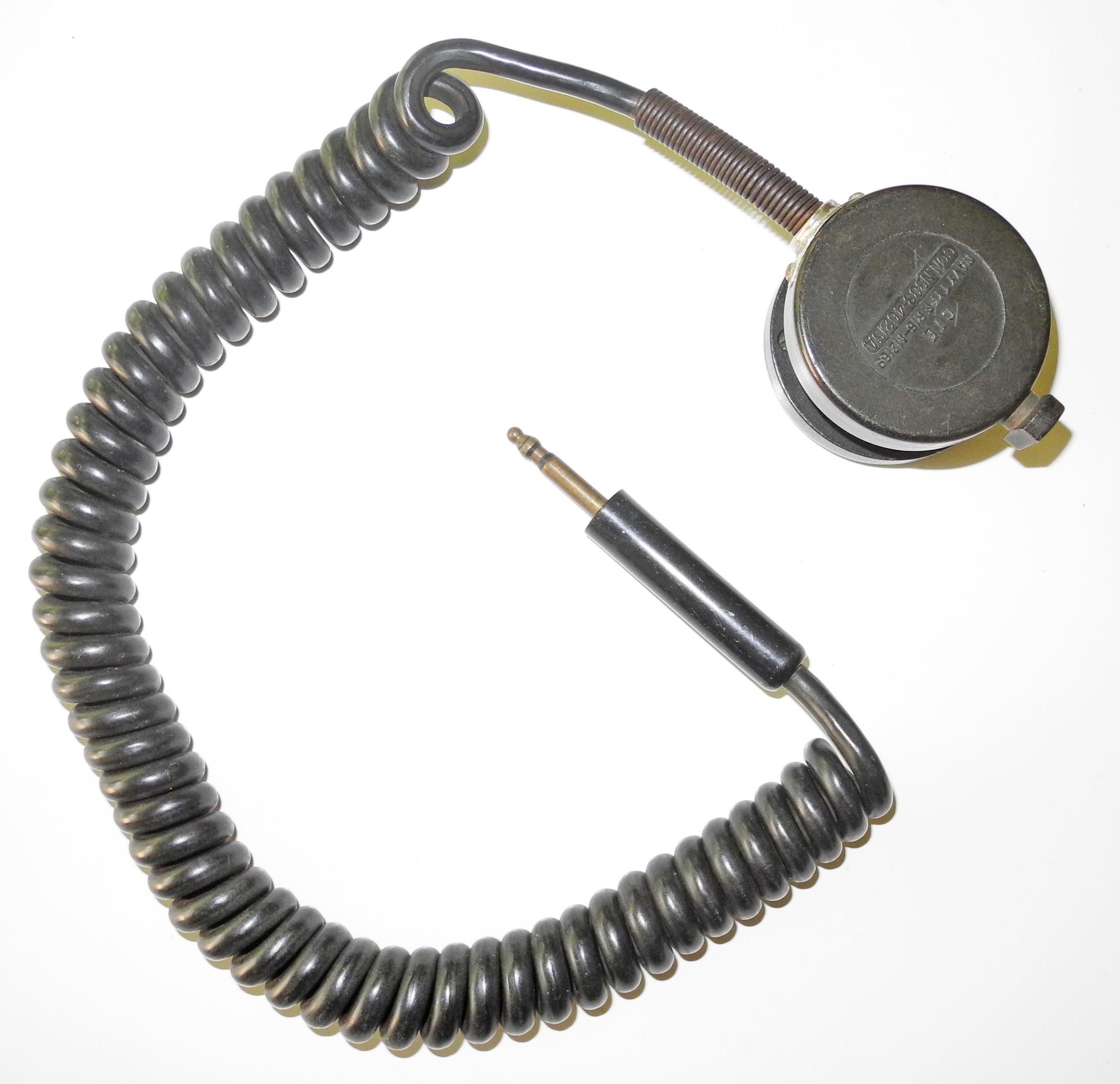 USN R16 hand-held microphone