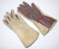 WWI Royal Flying Corps flying gauntlets.