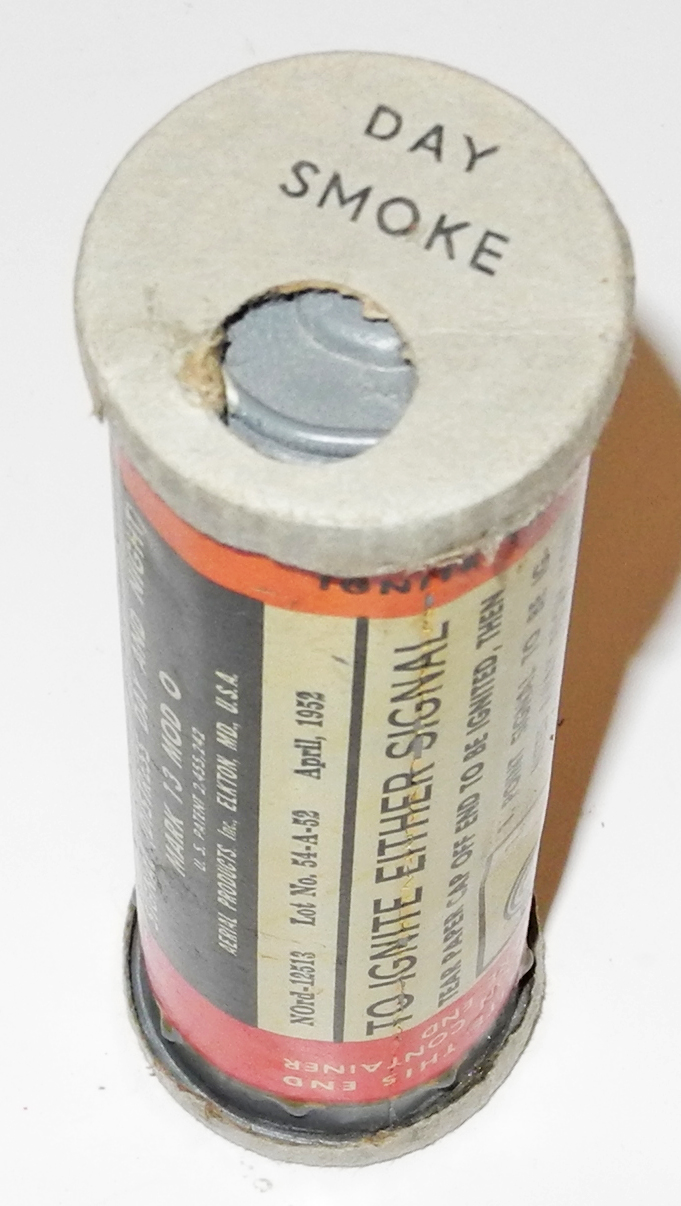 US Navy Mk 13 flare/smoke canister