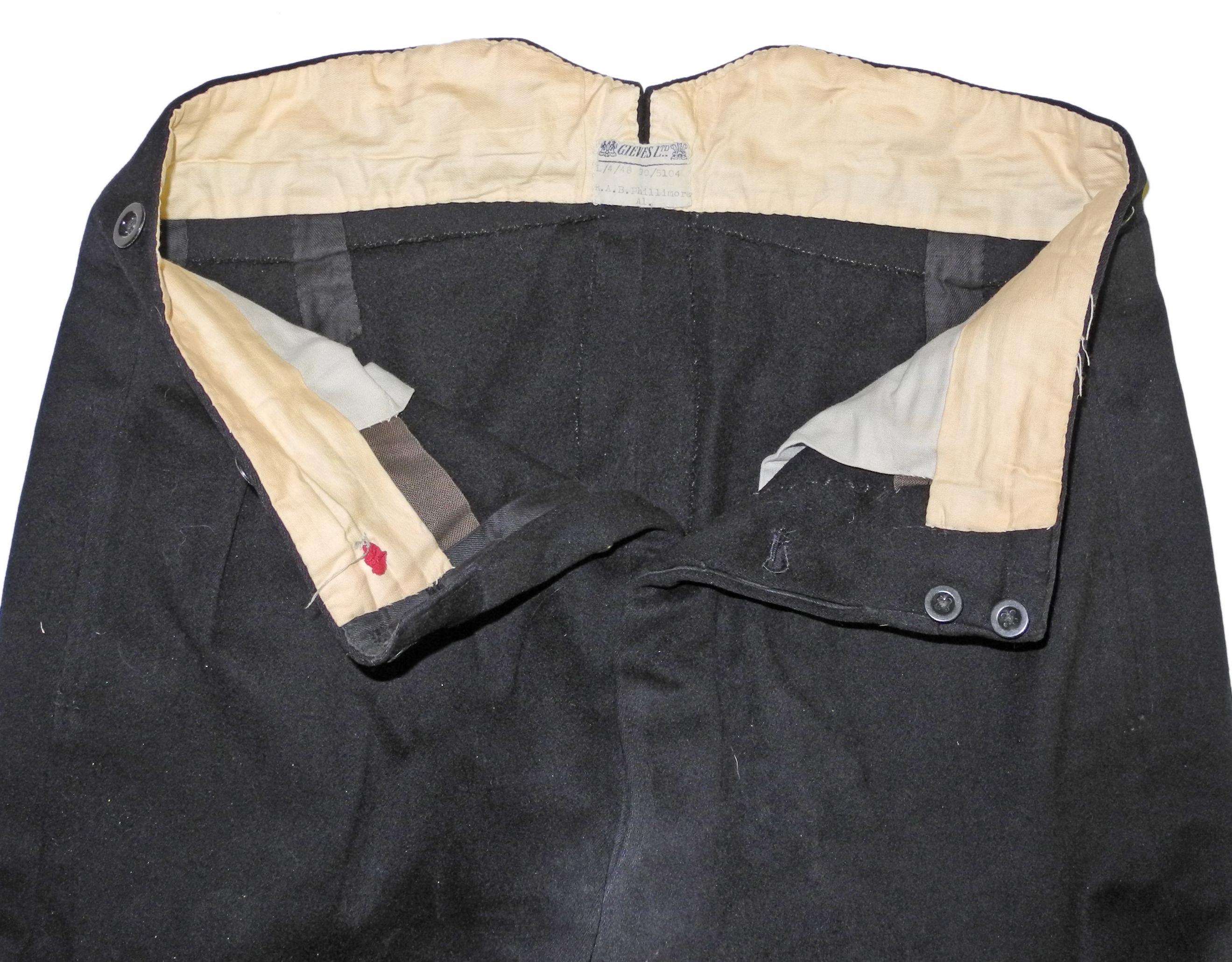 WWII RN FAA uniform to a Cmdr.