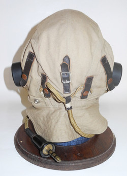 RAF Type D internally wired flying helmet, large size 3