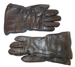 AAF heated gloves for F-2 suit