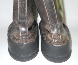 RCAF flying boots in huge size 12