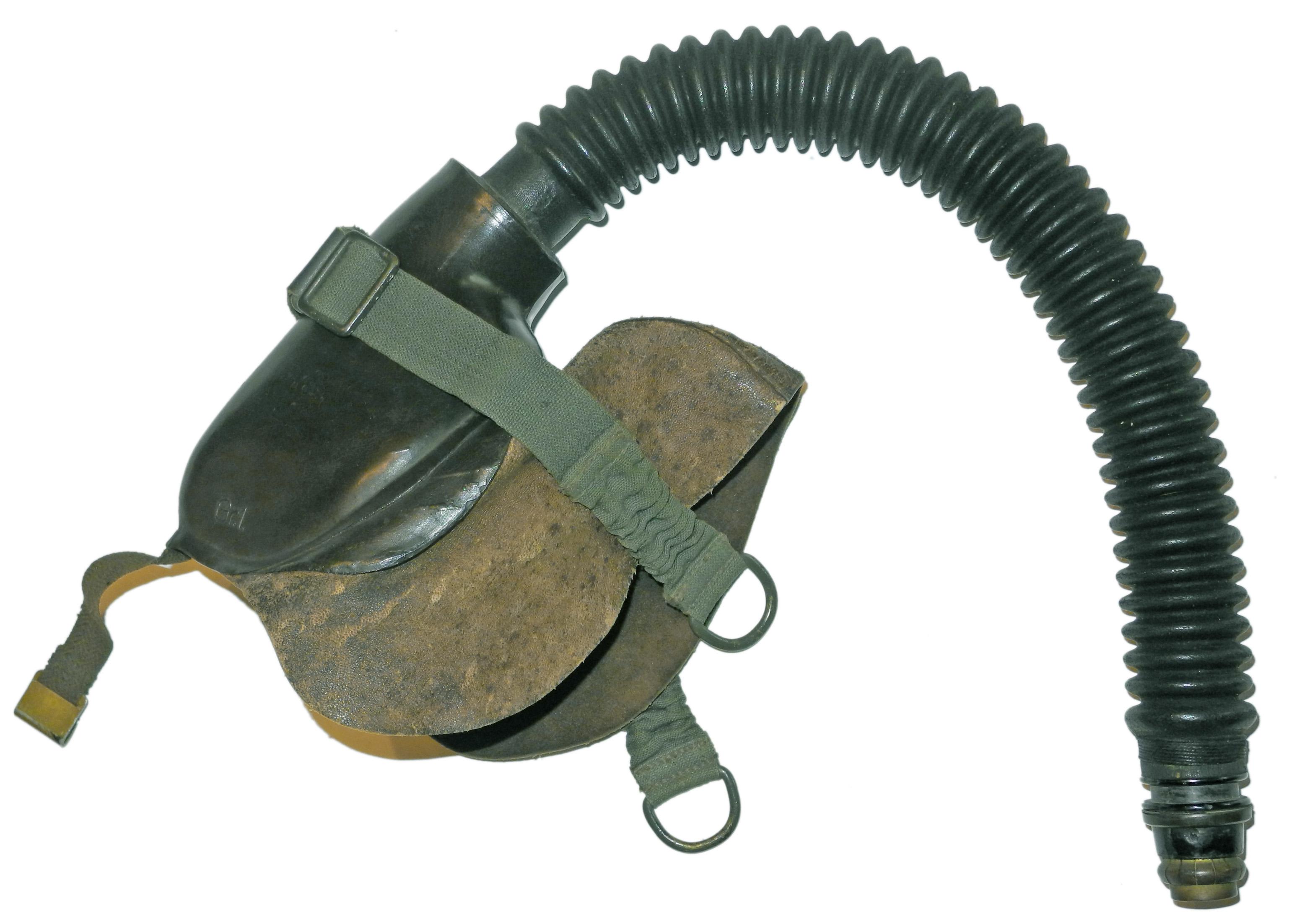LW 10-67 3-strap oxygen mask486