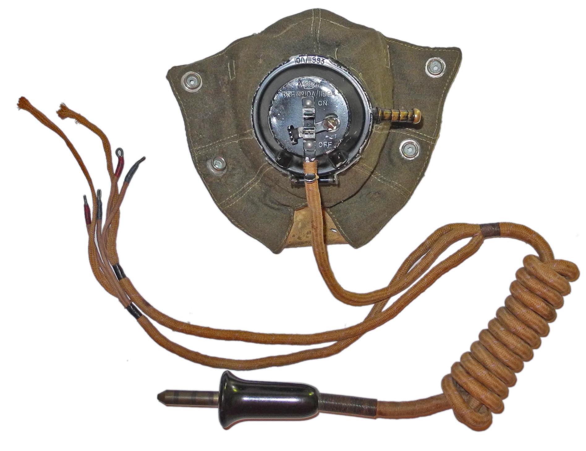 RAF D mask Type 21 microphone