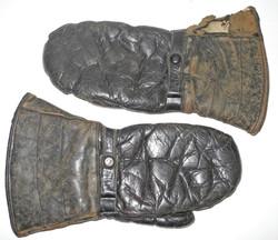WWI era heavy mittens, possibly RNAS use.