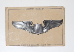 AAF full size pilot wing, clutch back on card as issued