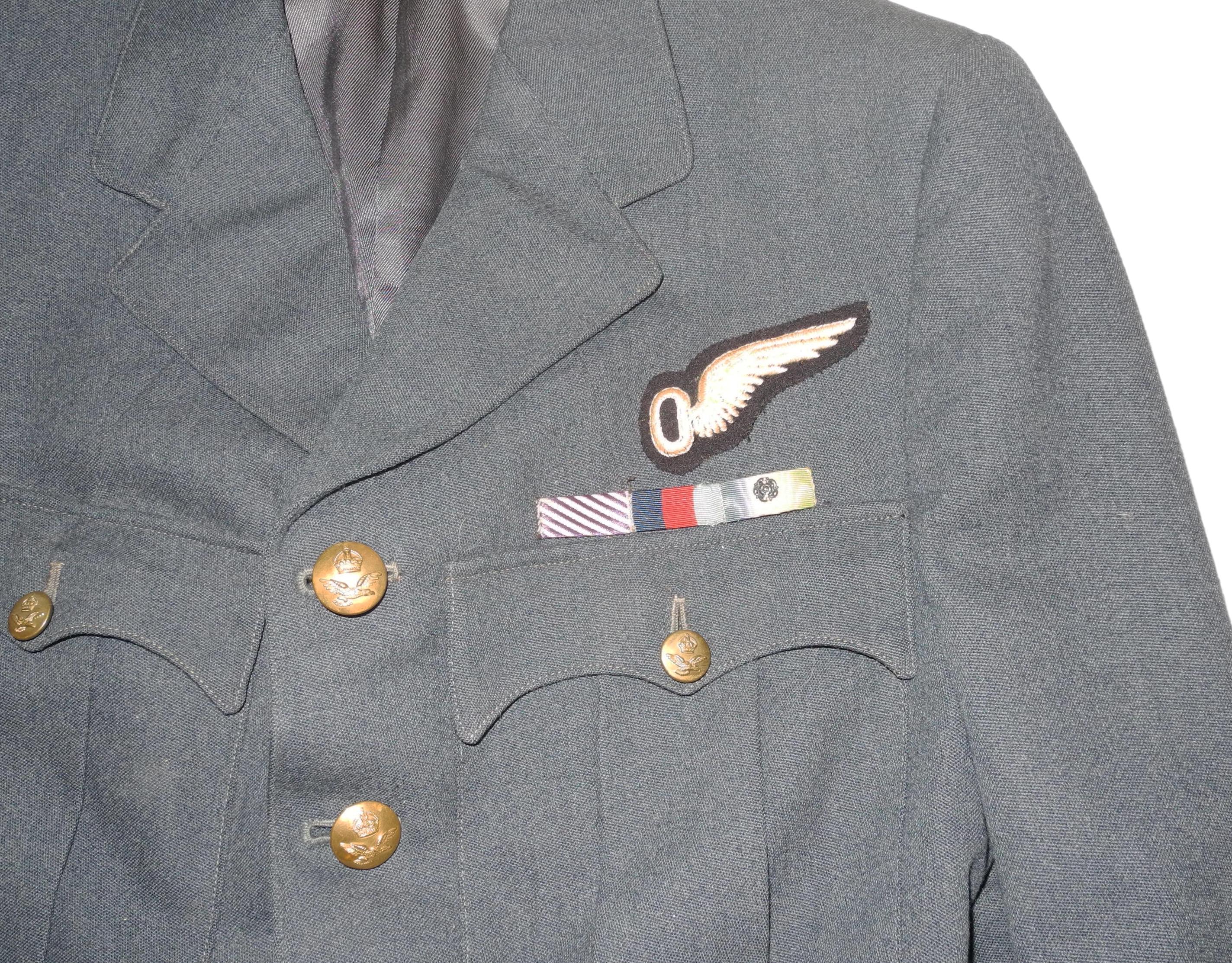 RAF P/O Observer tunic to DFM winner