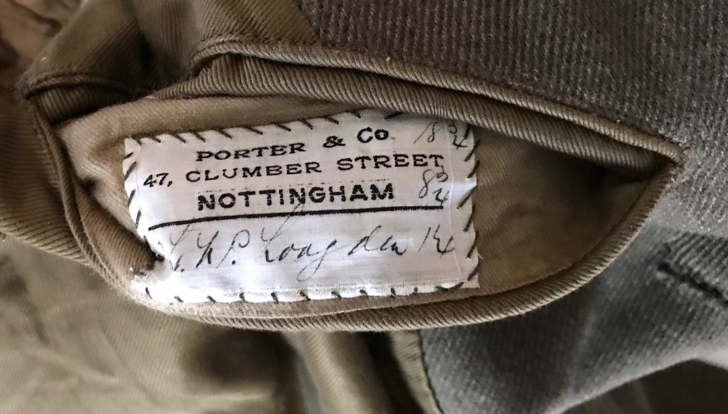 RAF WWI uniforms / trunk