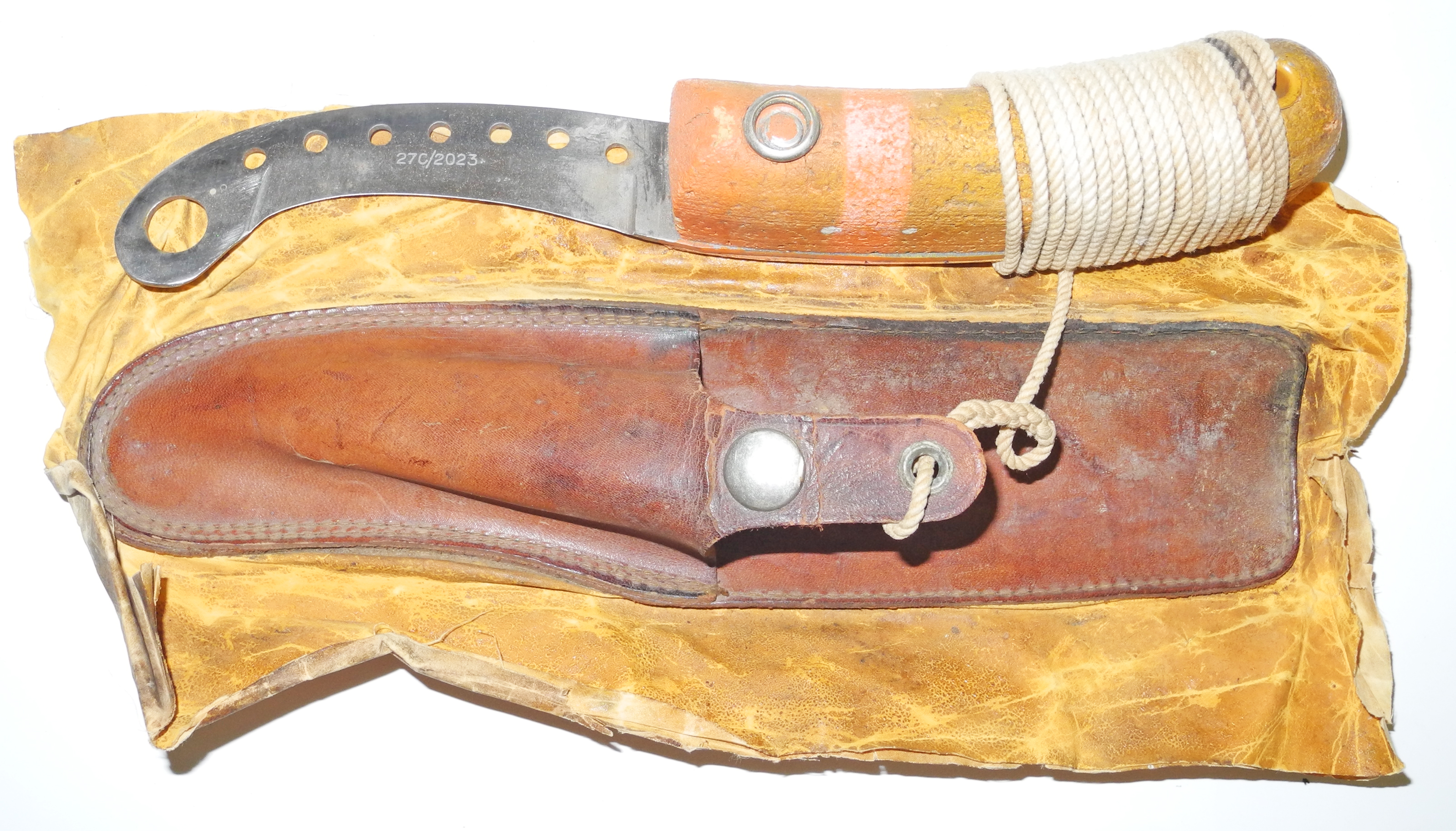 WII RAF large size dinghy knife and scabbard