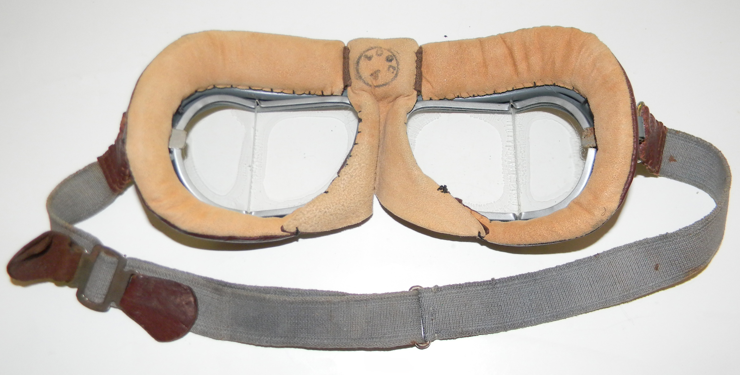 RAF Mk VIII goggles with box (2)
