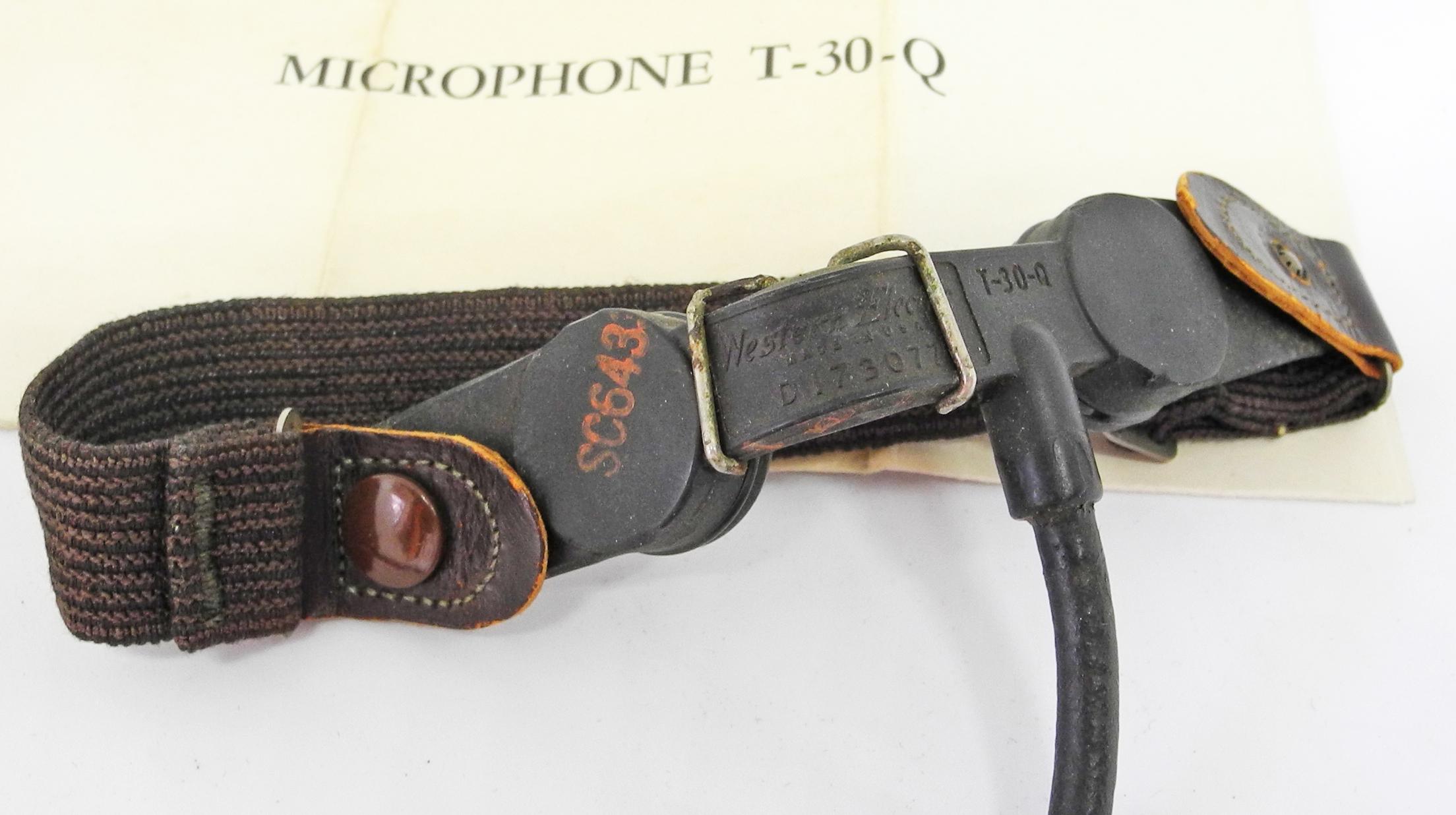 AAF T-30-Q throat microphone
