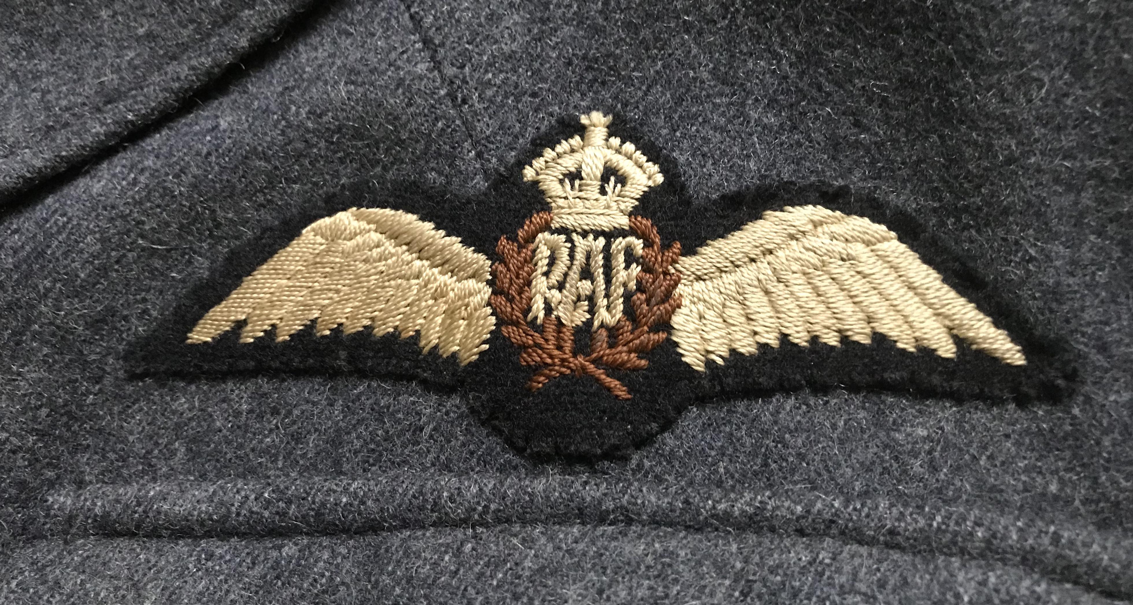RAF Flight Sergeant pilot's SD tunic dated 1941.IMG_6300