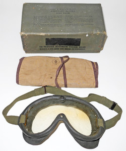 WWII US Navy M-1944 Flying Goggles with box.