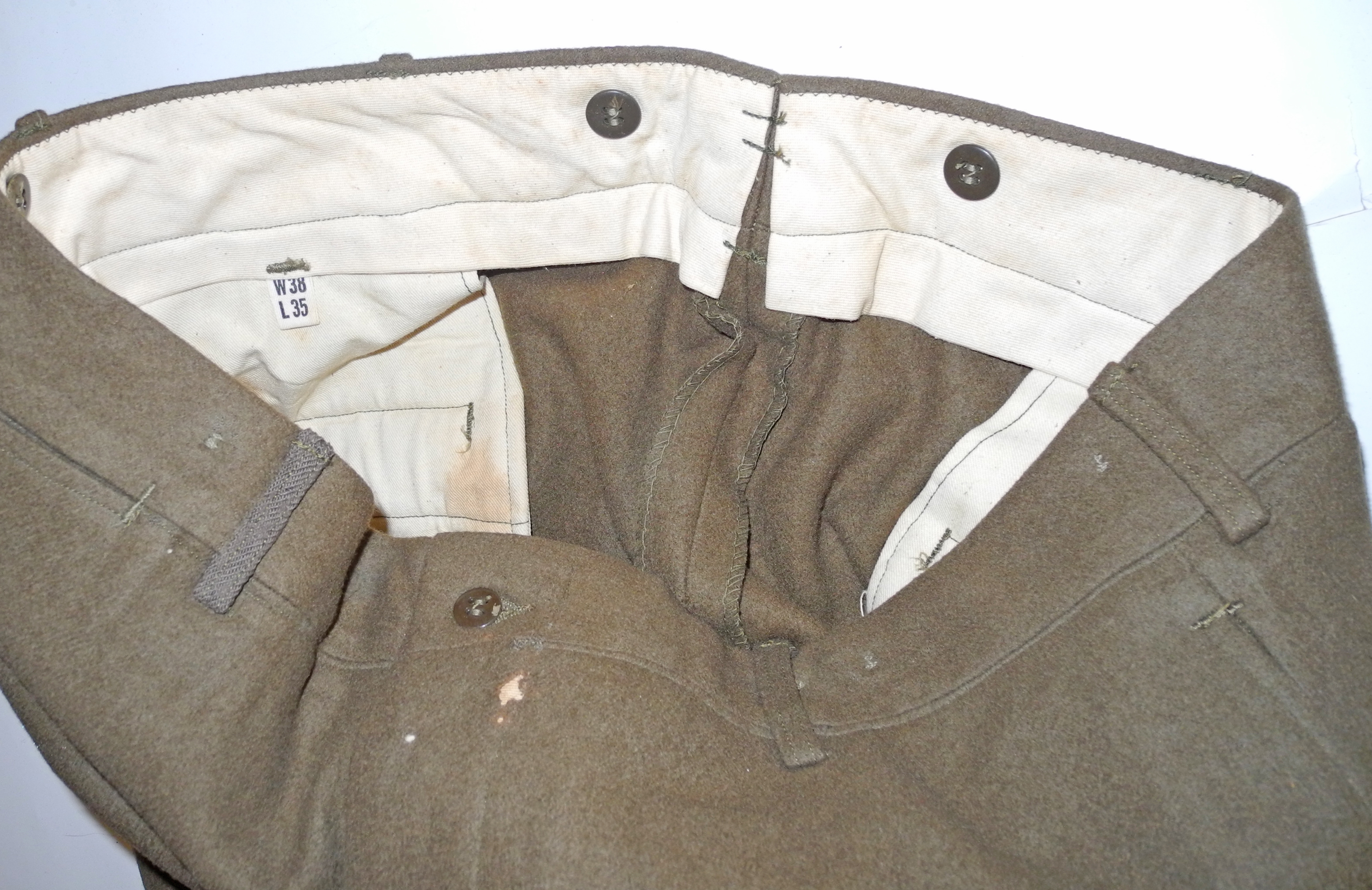AAF 5th AF enlisted man's uniform Ike jacket, trousers, overseas cap and tie