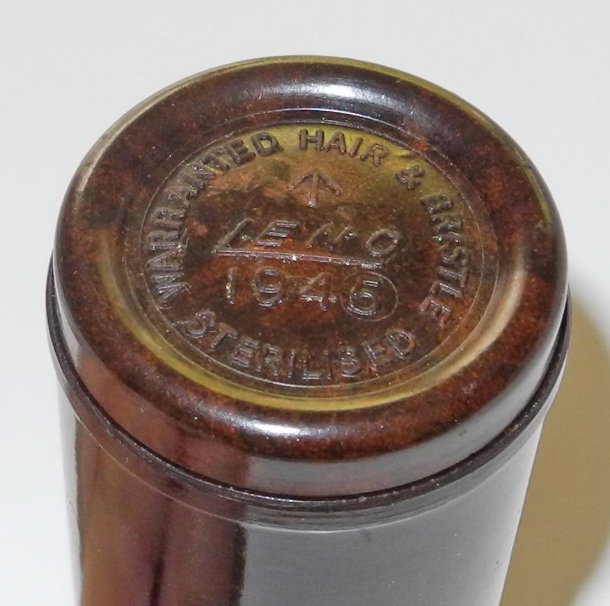 RAF shaving brush + compass