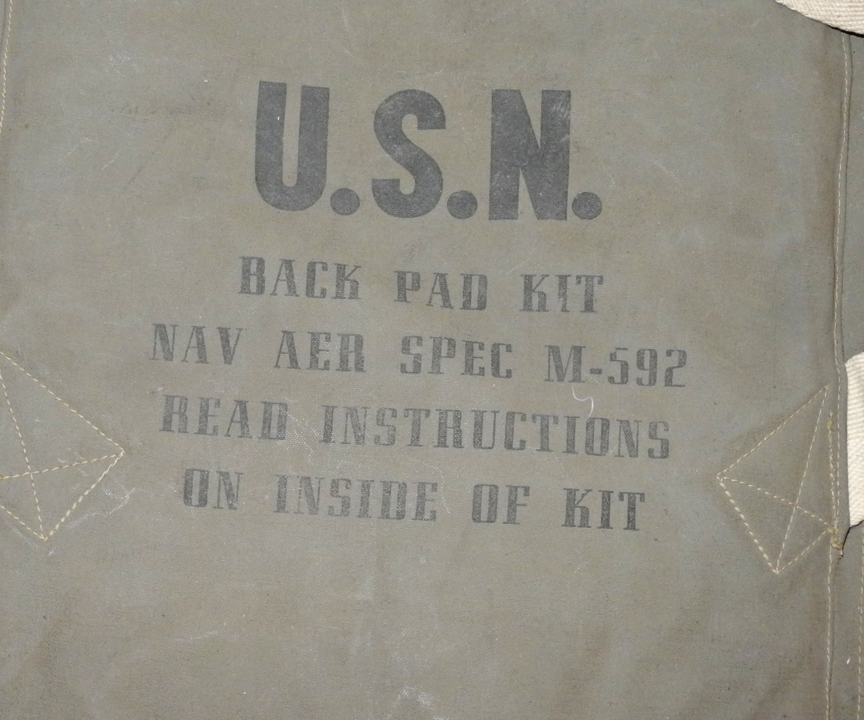 USN M-592 survival kit backpack