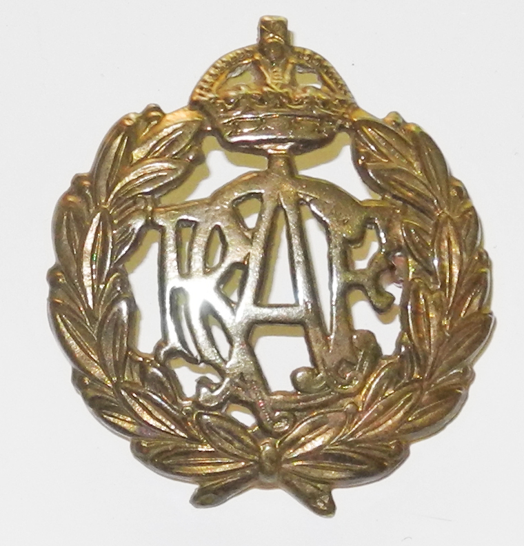 RCAF other ranks cap badge