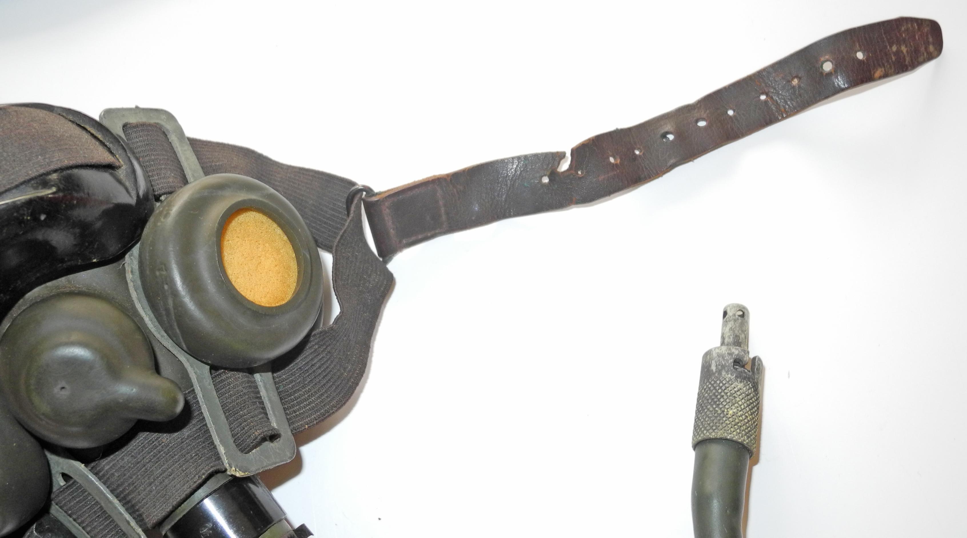AAf A-8B oxygen mask complete