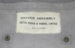 RCAF Gutta Percha & Rubber 1943 dated oxygen mask with stowage caseDSCN0520