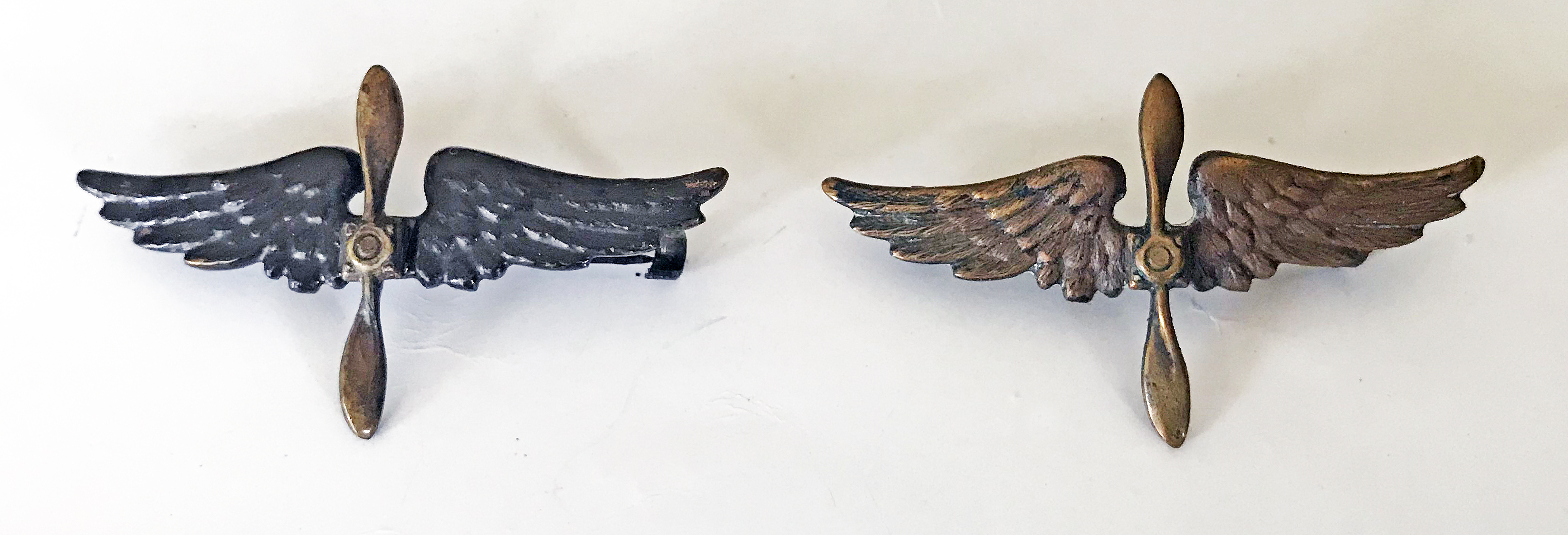 US Air Service winged propellor collar devices.
