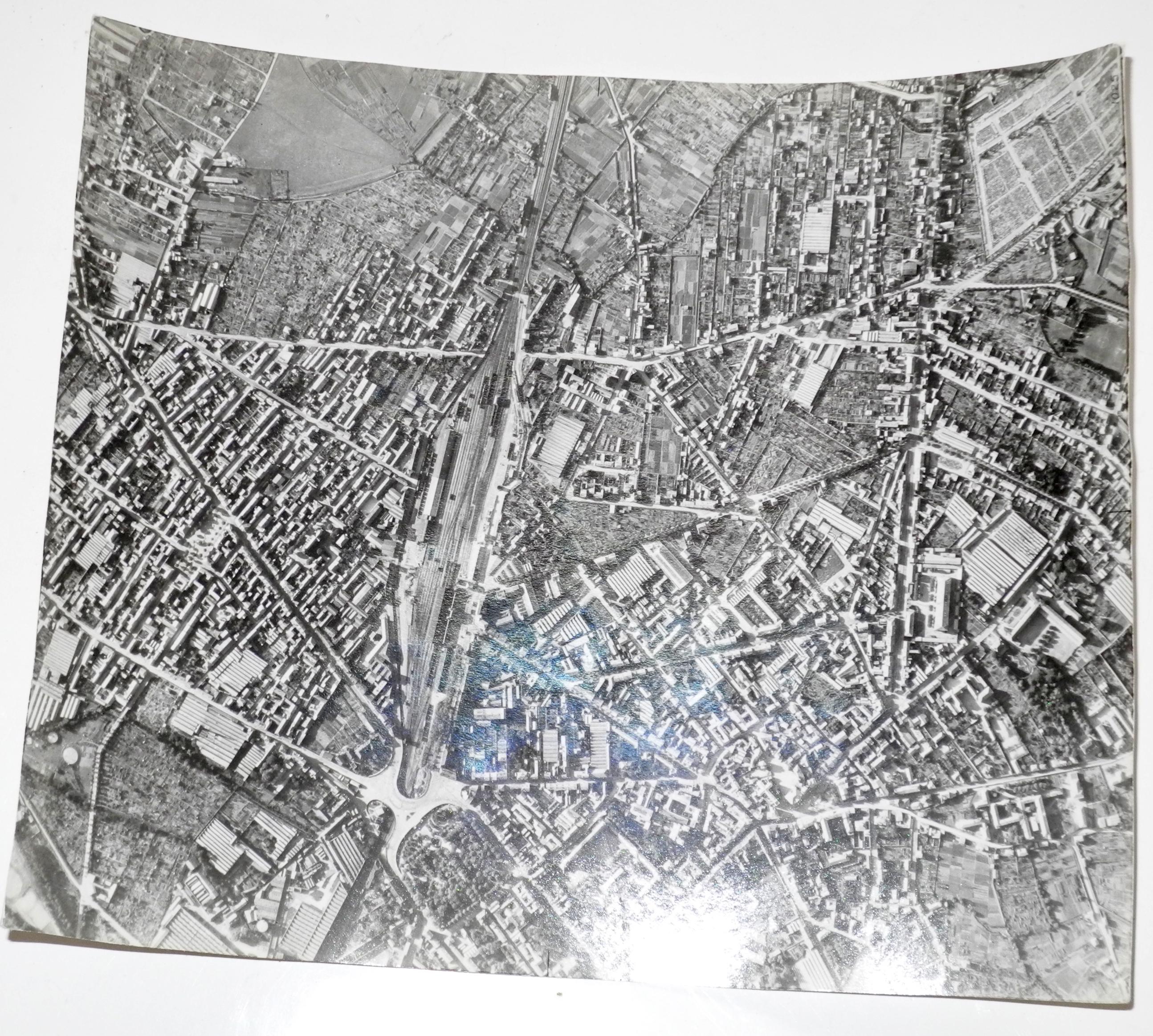Large RAF Bomber / Reconnaissance target photo