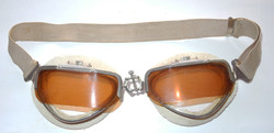 Italian goggles with flip screens
