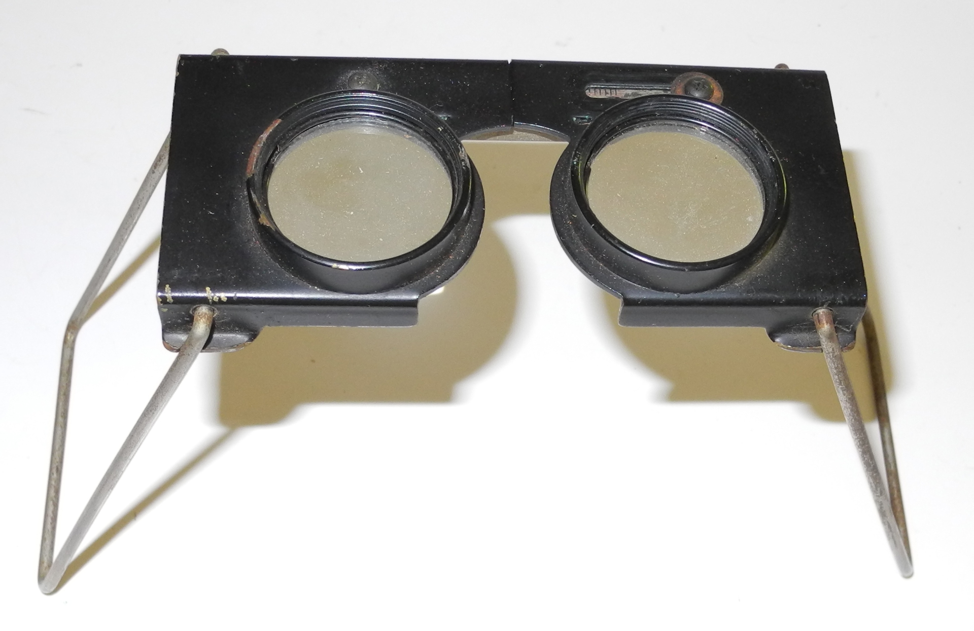 AAF stereo map / photo magnifier