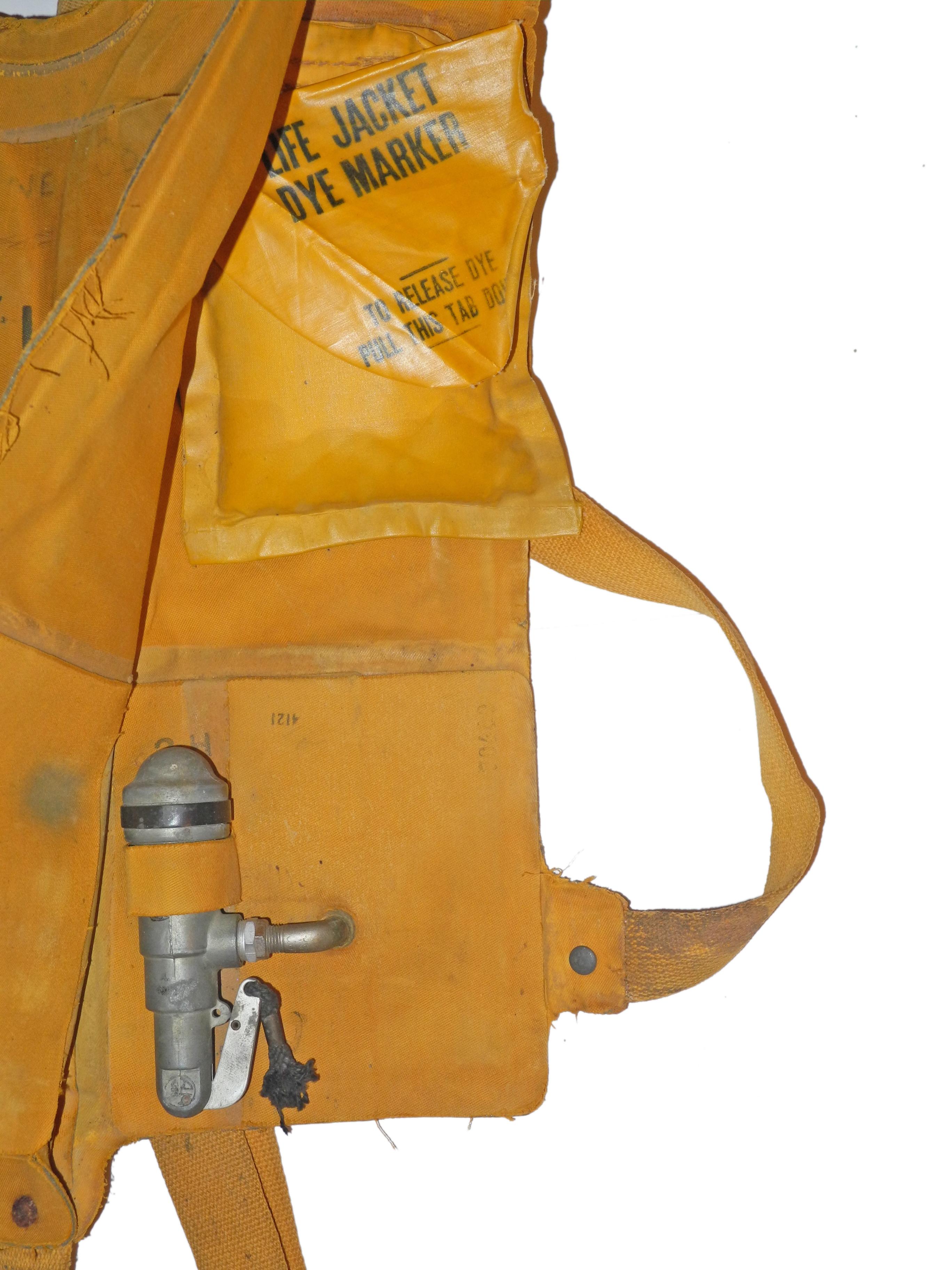 AAF B-4 Life Vest741