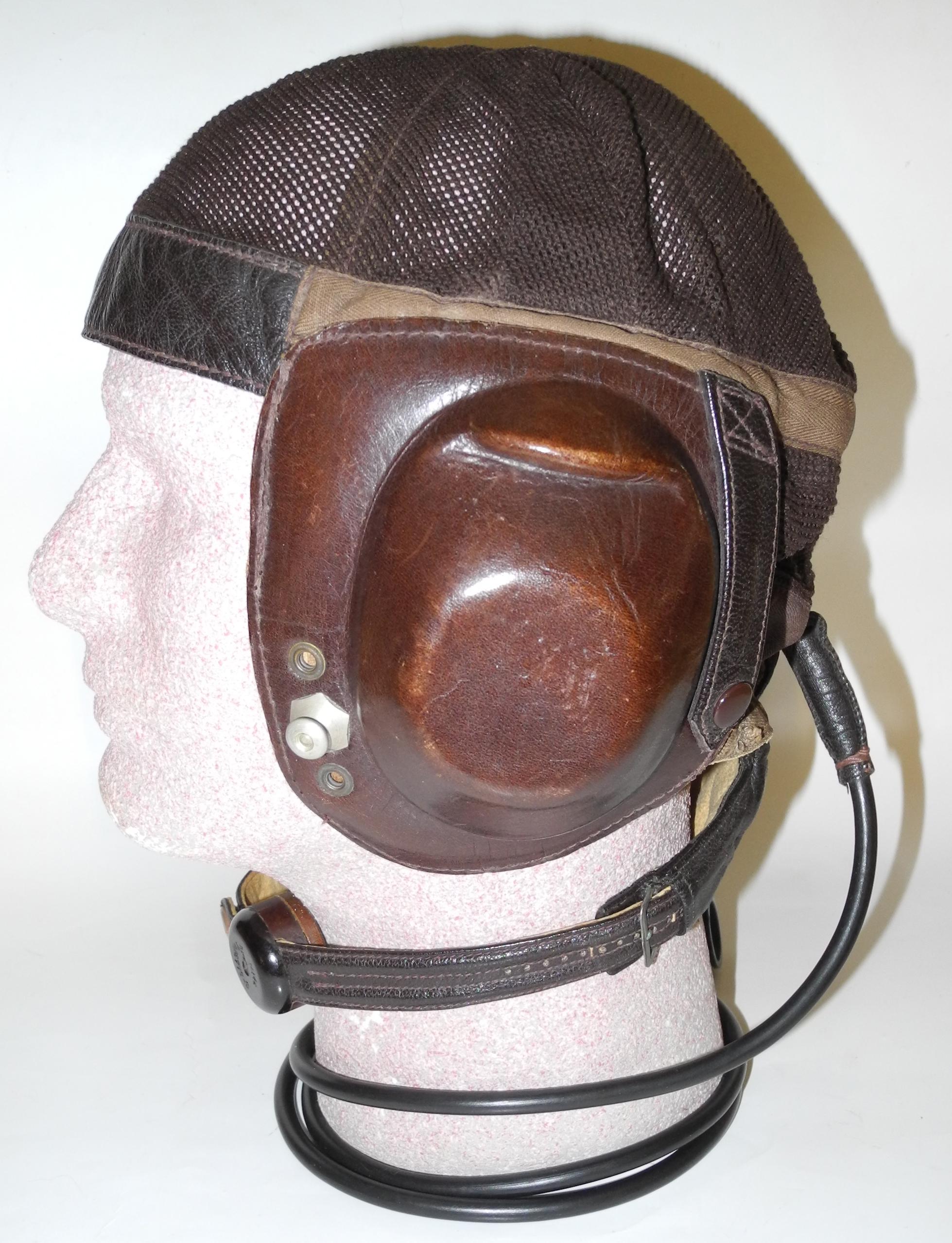 LW LKpN101 helmet