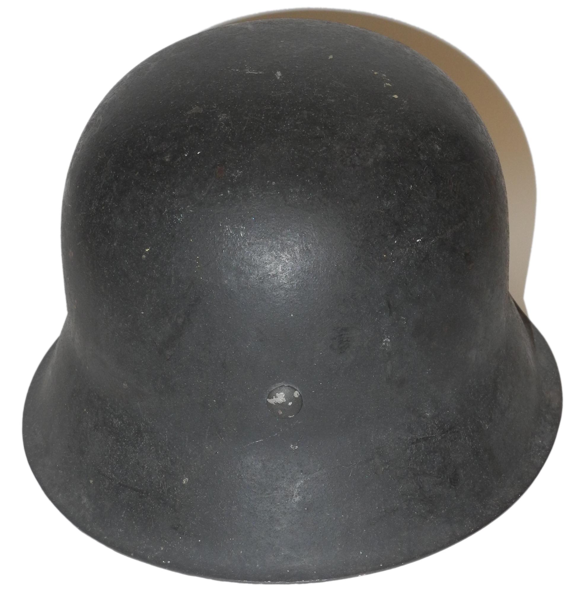 LW M42 steel helmet