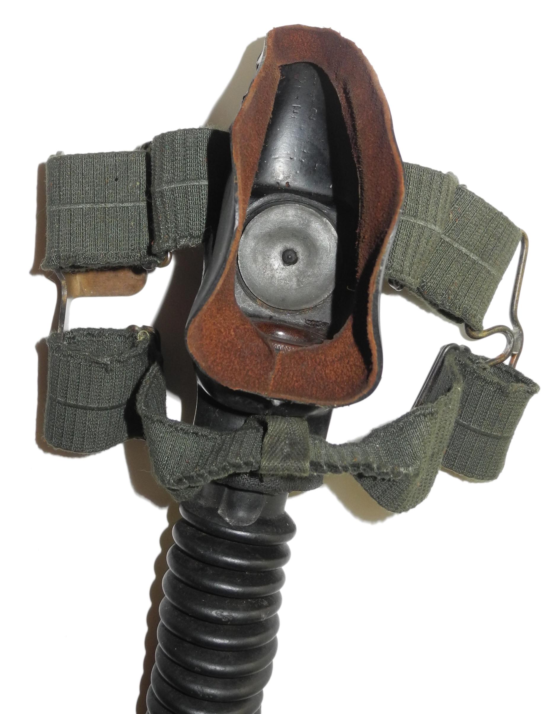 LW 6701 double-strap oxygen mask