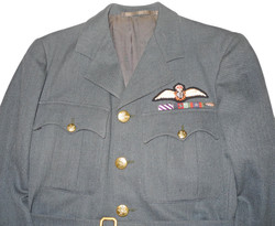 RCAF tunic ID'd to Yank in RCAF