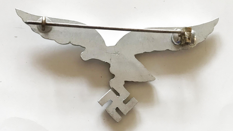 LW aluminium breast eagle for the white summer uniform.