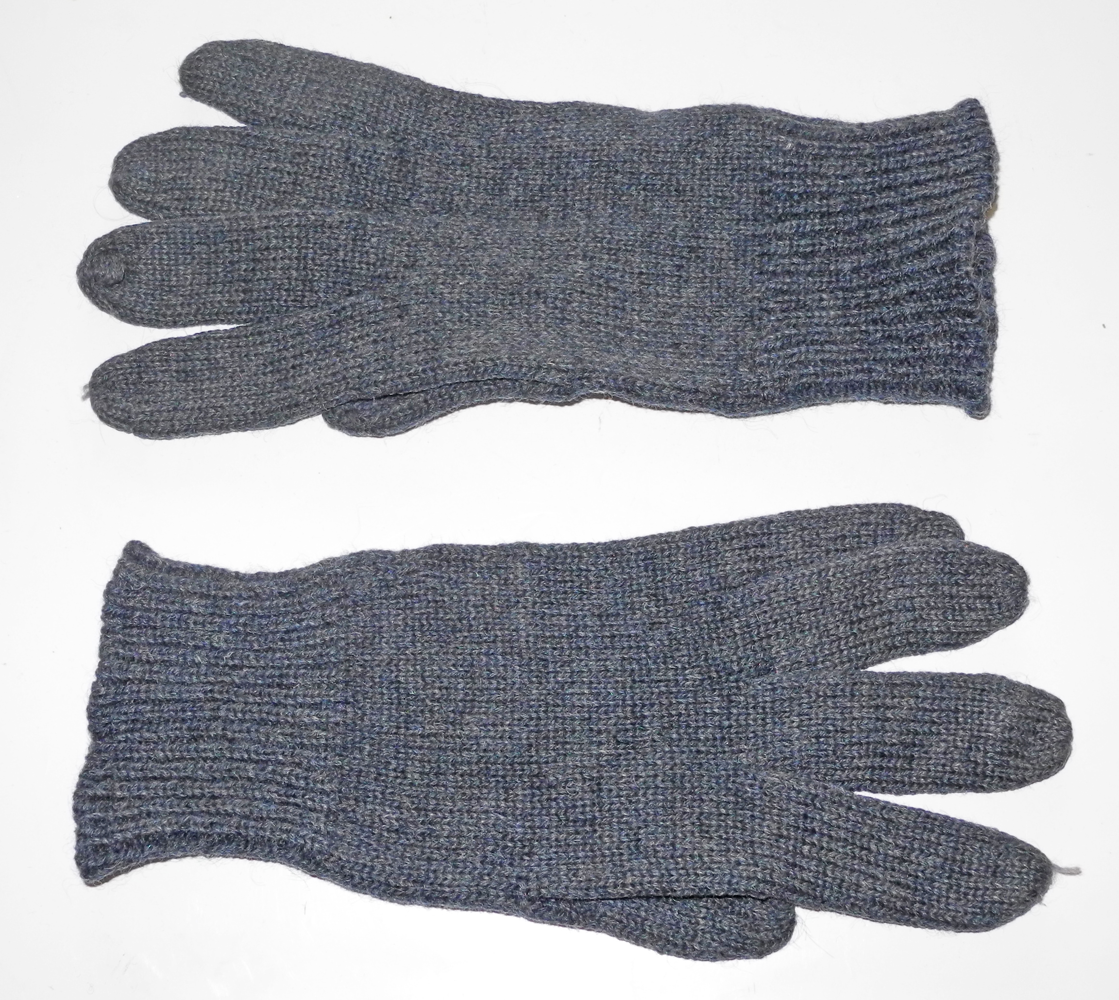 RAF issue wool gloves