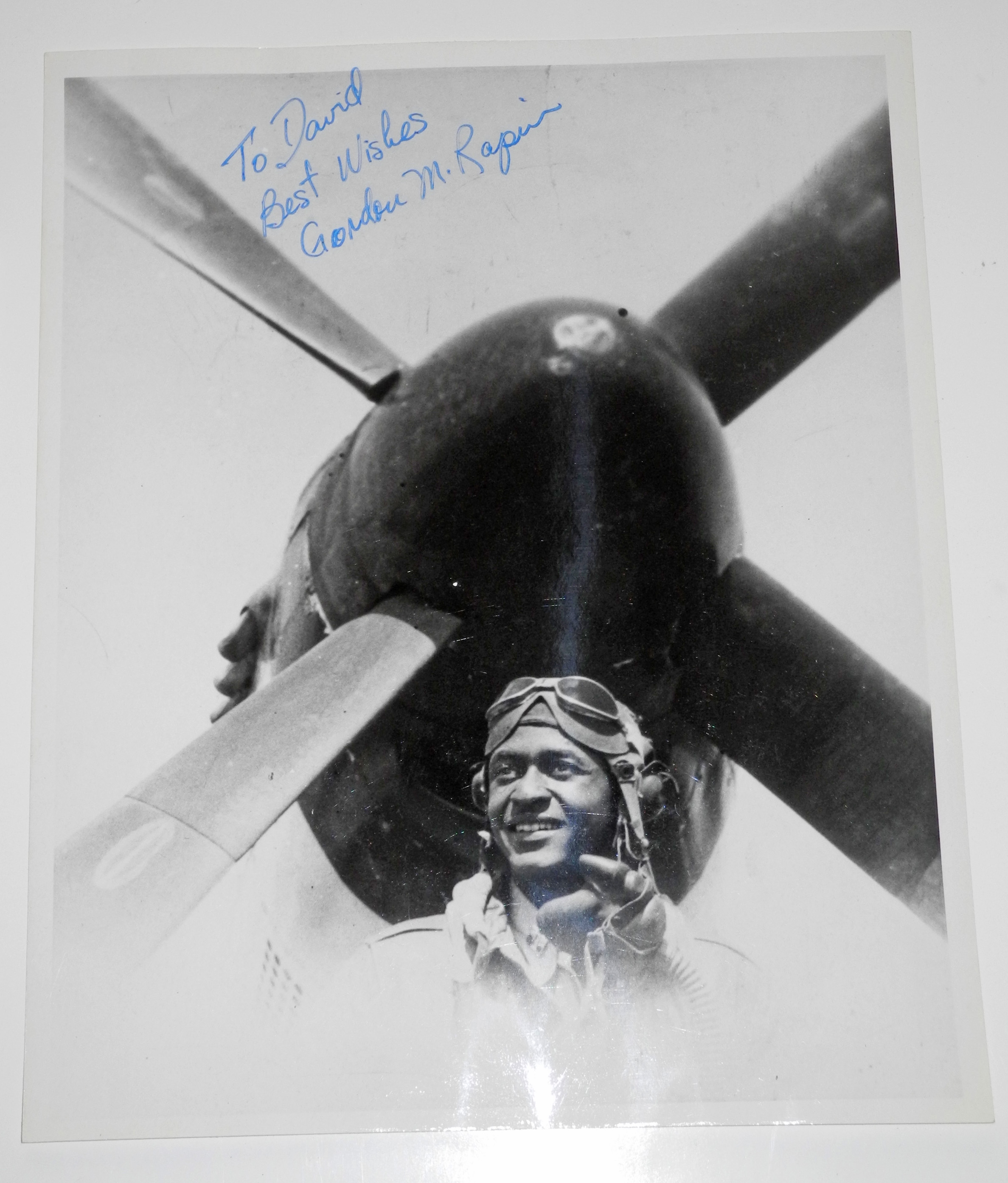 Signed photo of Tuskeegee airman Gordon Rapier