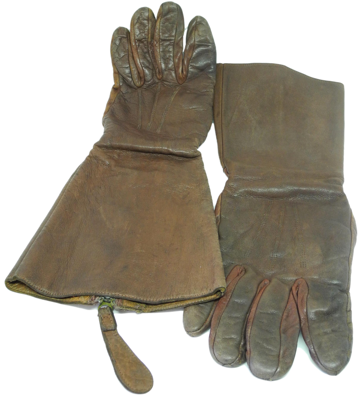 RAF 1933 pattern gauntlets