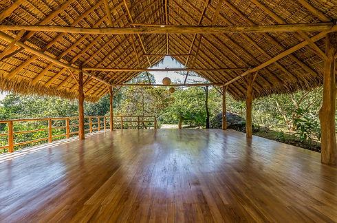 Eco-Living-La-Ecovilla_Yoga-Deck_Florian-Kuster-100.jpg