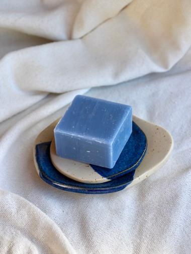 Porte-Savon-Ceramique-Bleu-Blanc-Gres.jpeg