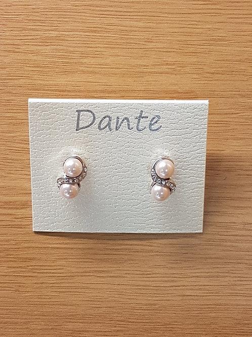 Dante Pale Pink Double Pearl Earing E23508