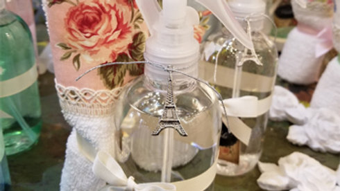 T20 - Set Toalla + Perfume textil París con dije