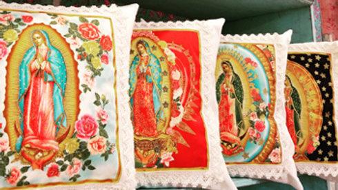 A1 - Almohadón Virgen de Guadalupe