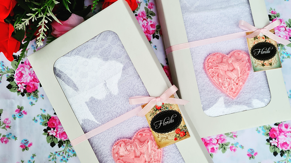 T17 - Sets de toalla encaje + jabón artesanal Corazón labrado