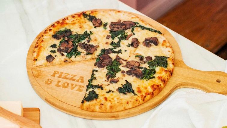 Pizza Board & Cutter Set