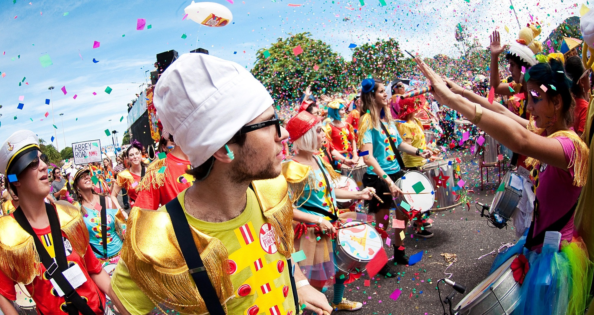 Street carnaval party bloco