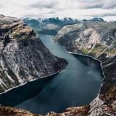 fjord-4614096.jpg