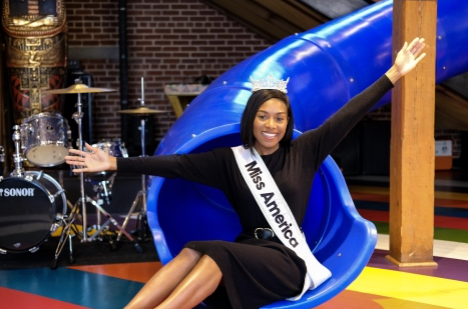 Miss America 2019 Visits Atlanta's Ron Clark Academy
