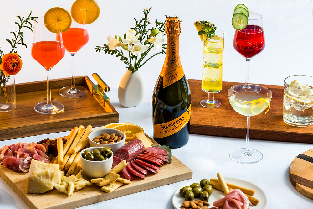Holiday Gatherings with Mionetto Prosecco